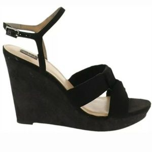 G.I.L.I. KAHLIE KNOTTED WEDGES 5.5